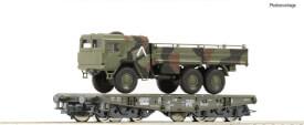 Schwerlastwagen der Bundeswehr/ Deutschen Bahn AG beladen mit MAN 6x6 in getarnter Ausführung